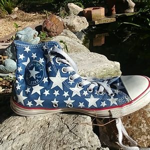 Converse blue / white stars high tops mens 8…